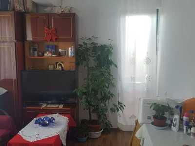 Apartament 2 camere de vanzare, rosu, ilfov
