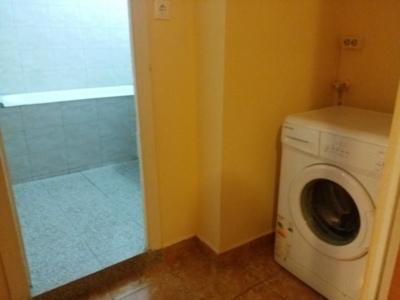 Inchiriez apartament 2 camere - metrou titan