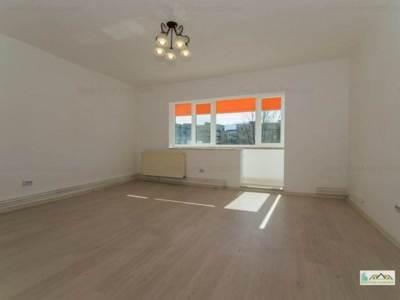 Apartament 2 camere etaj inter scriitorilor,1077l